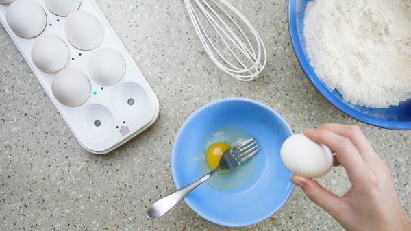 Pak de oudste eieren eerst d.m.v. LED indicatie